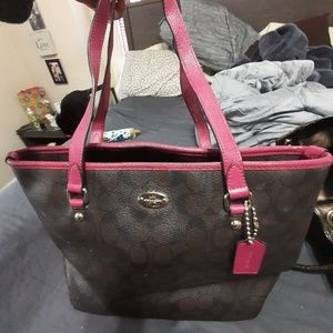 Medium size coach purse